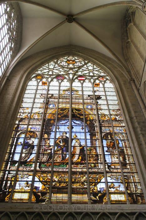 ブリュッセル聖ミカエルと聖デュル大聖堂のステンドグラス