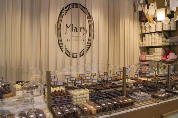 ブリュッセルギャルリーサンチュベールでチョコレートショップめぐりマリー