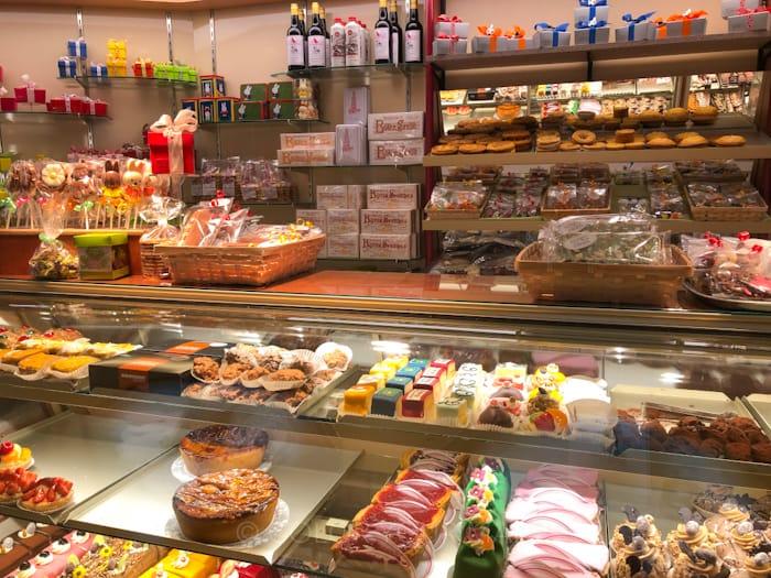 ユトレヒトにあるブルーナさんも大好きだったバタークッキーの店テオブロム