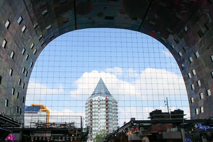 ロッテルダムマルクトハルの中からの景色