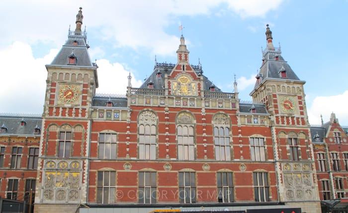 アムステルダム中央駅外観