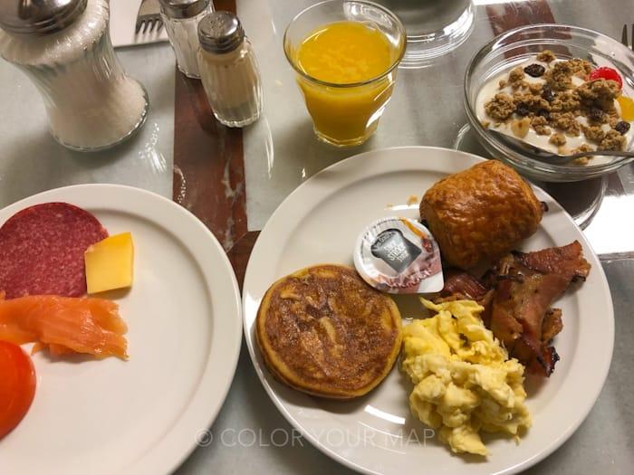 アムステルダムローホテル朝食