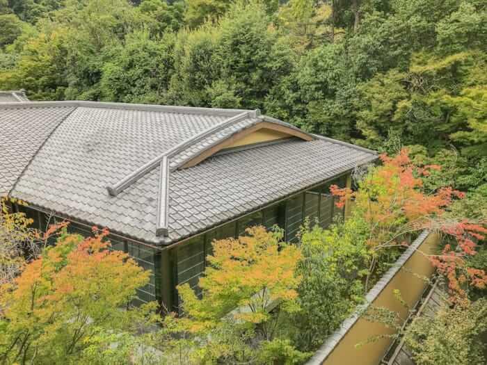 翠嵐ラグジュアリーコレクションホテル京都部屋のバルコニーからの眺望