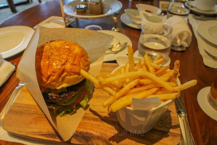 ザリッツカールトン京都の黒毛和牛ハンバーガー
