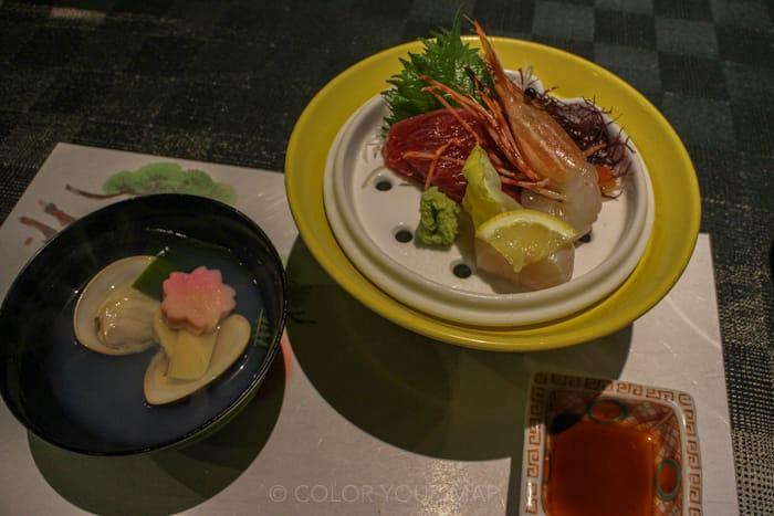 天翠茶寮の夕食 蛤のお吸物とお造り