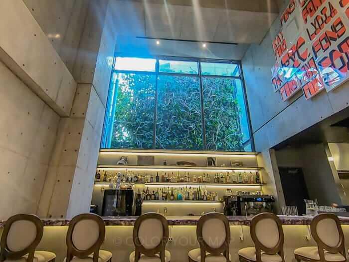 京都node hotelのカフェダイニング&バー