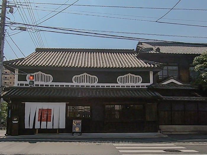 岡山市の旧福岡醤油建物で開催中のチームラボ